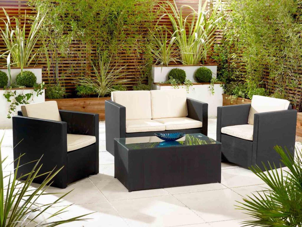 como-decorar-una-terraza-o-el-jardin
